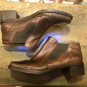 Josef Seibel  leather ankle boots. Size 9
